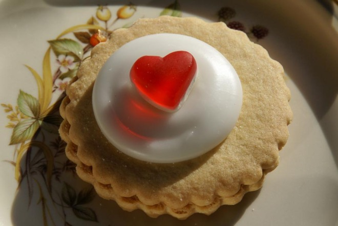 A cookie valentine